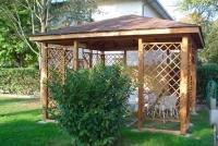 gazebo in legno da giardino